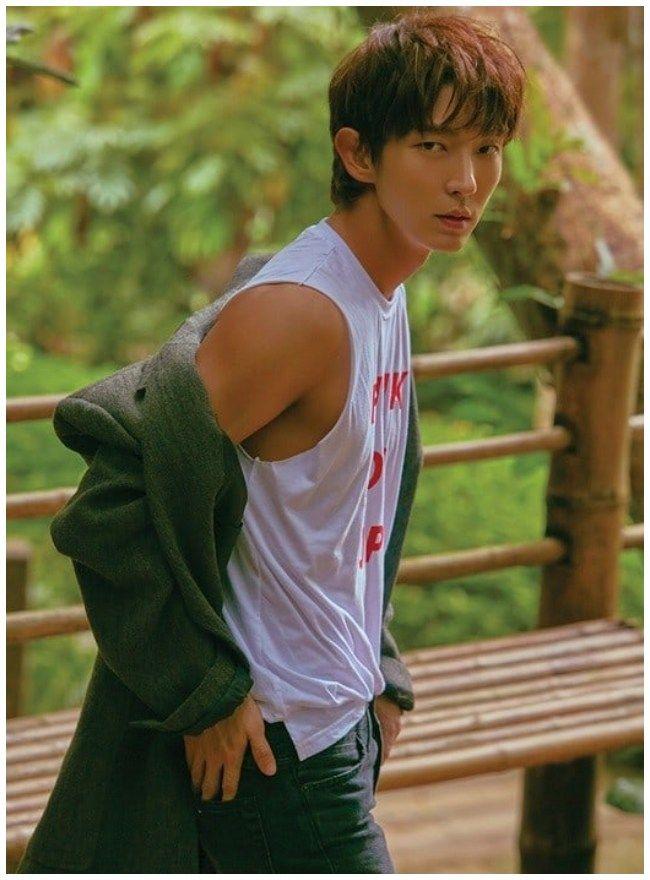 Lee Joo Gi posando para la revista The Star